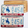 1975 WYOMING Bicentennial graphic license plates pair # 2-AI454