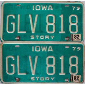 1982 Iowa pair # GLV-818
